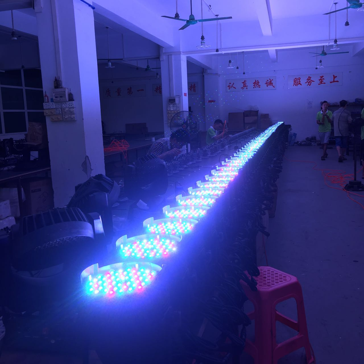 Lighting sound LED par light there is the price difference