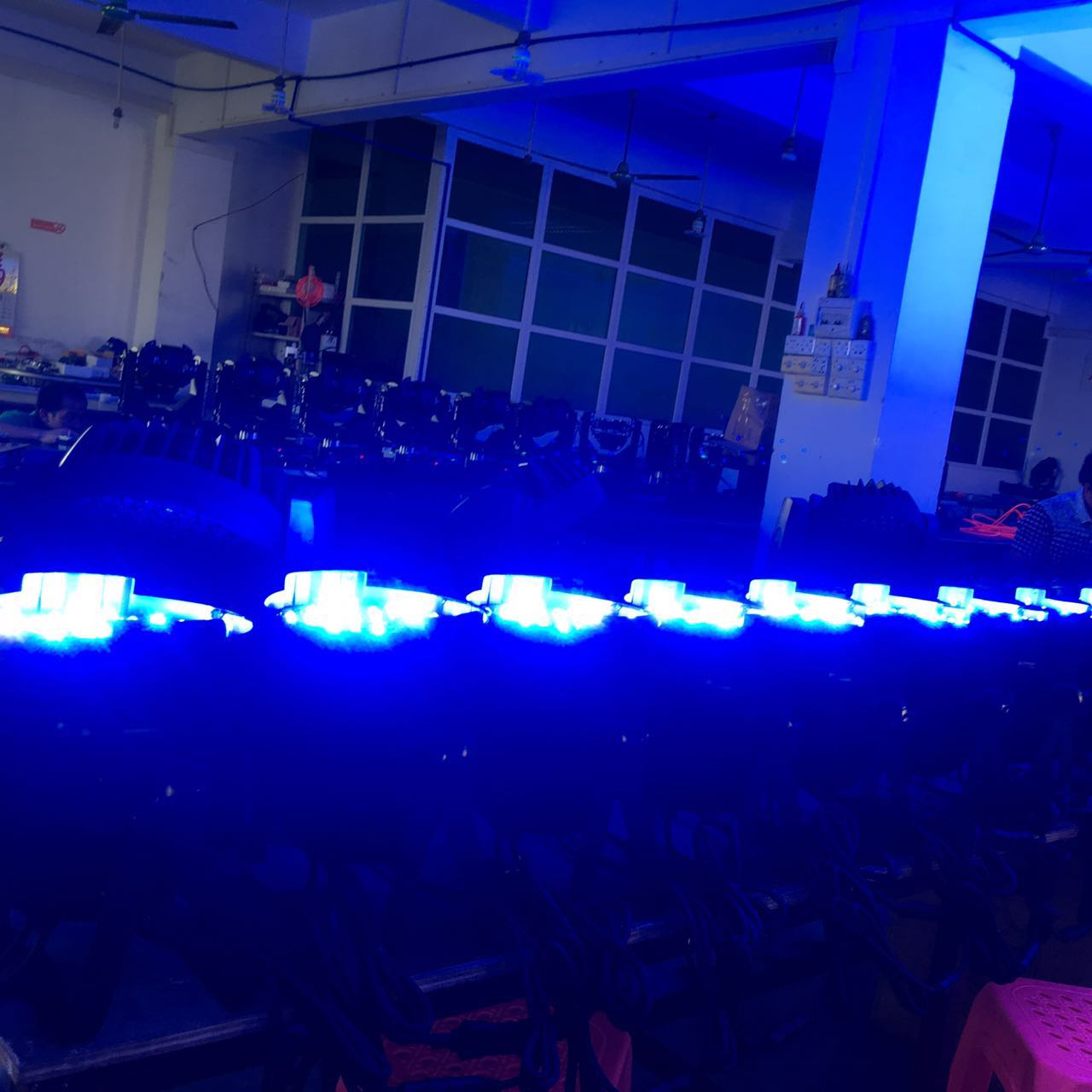 Wedding LED par light in the stage of the application