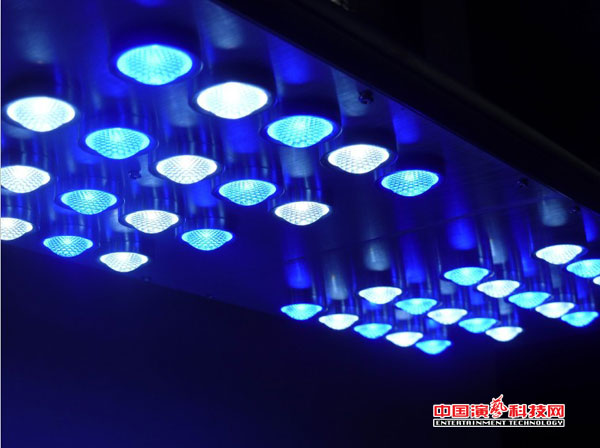 舞台灯光布置舞美效果注意方面