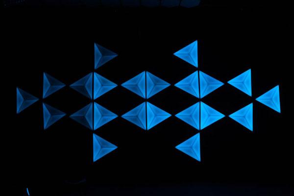 LED 裸眼3D 三角灯效果图