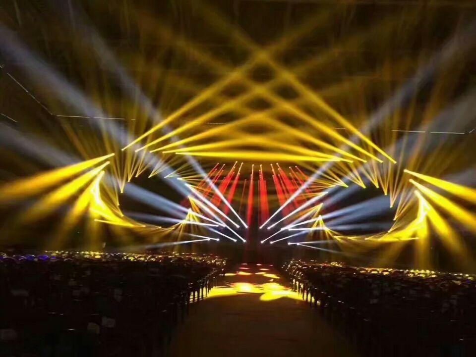 思成舞台灯光舞美效果的制作与形式