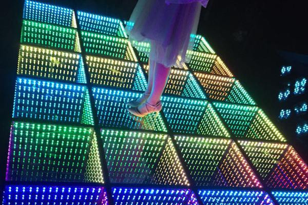 新LED 镜面地砖