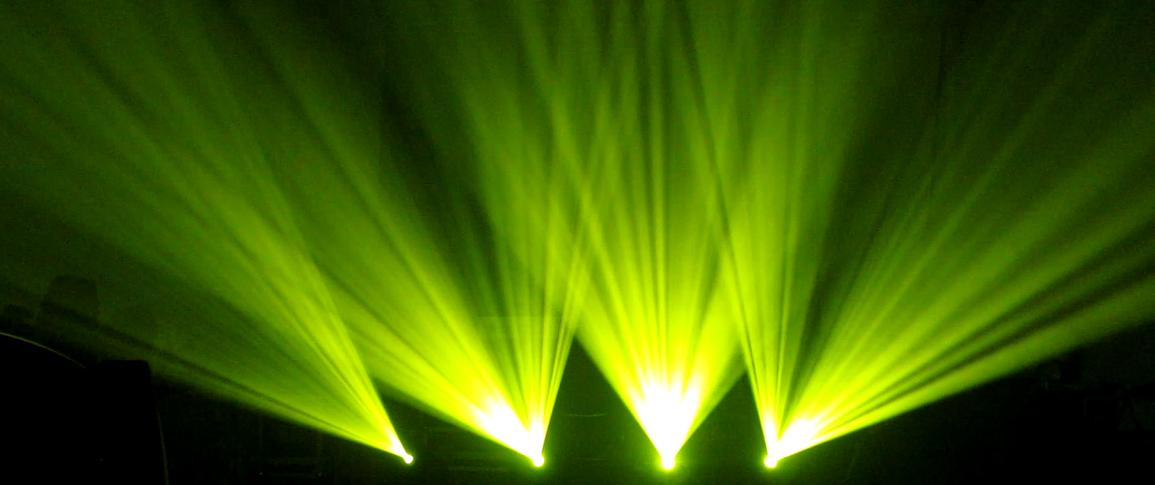 LED4*15W双面无极摇头灯效果图
