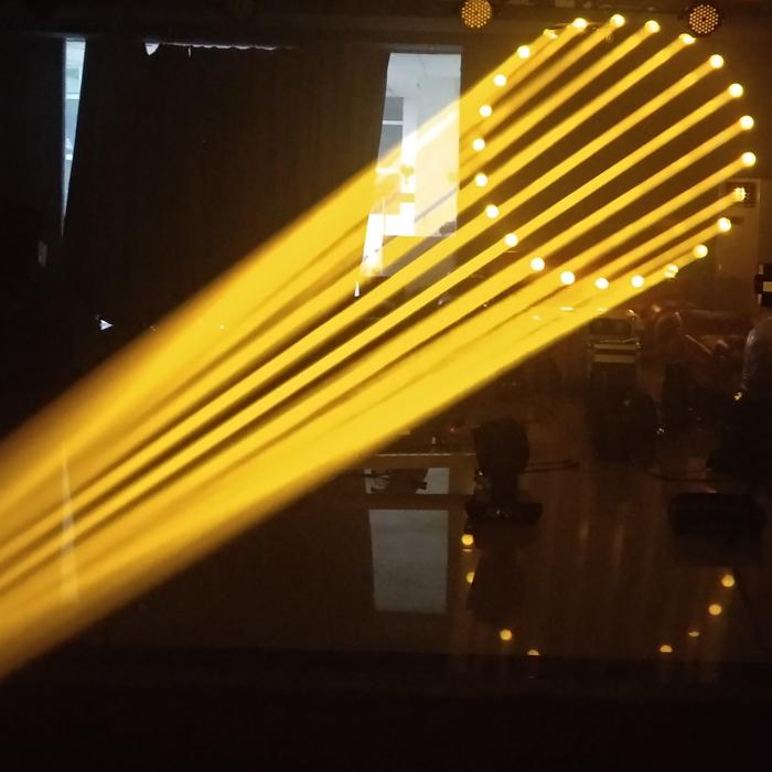 怎样维修350W摇头灯?效果图