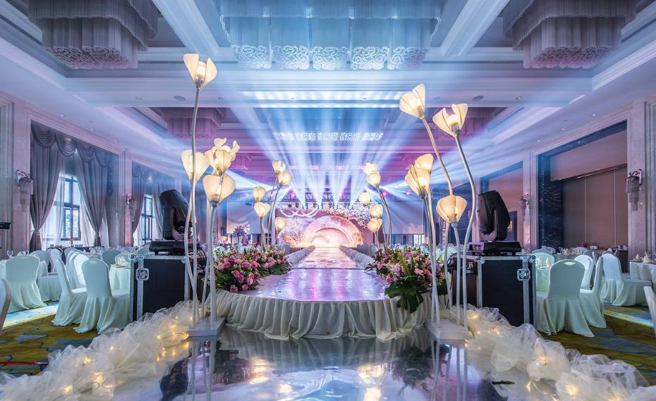 婚庆灯光如何使用LED帕灯