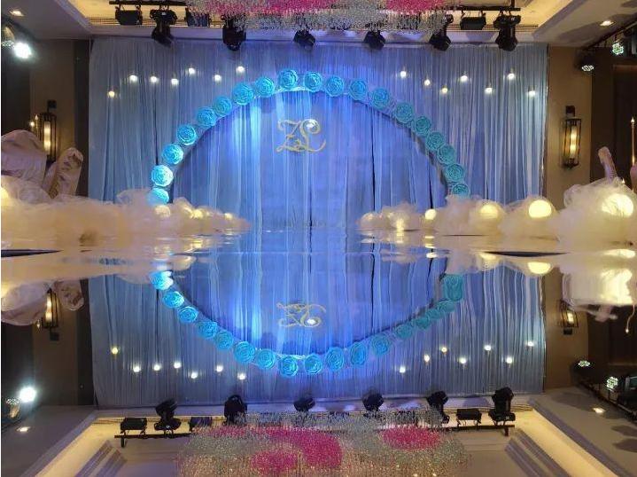 婚庆灯光如何使用LED帕灯效果图
