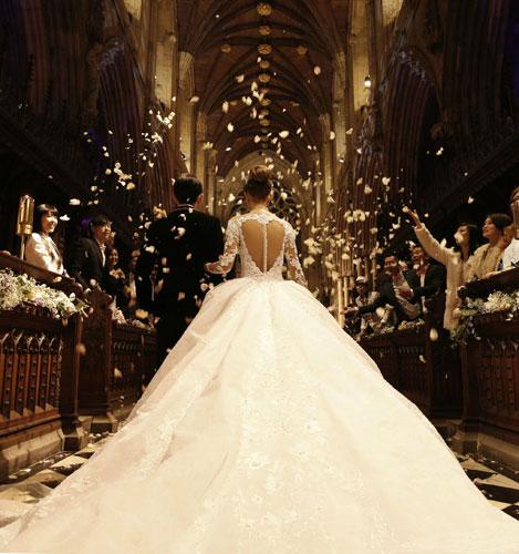 婚礼主要灯光效果图