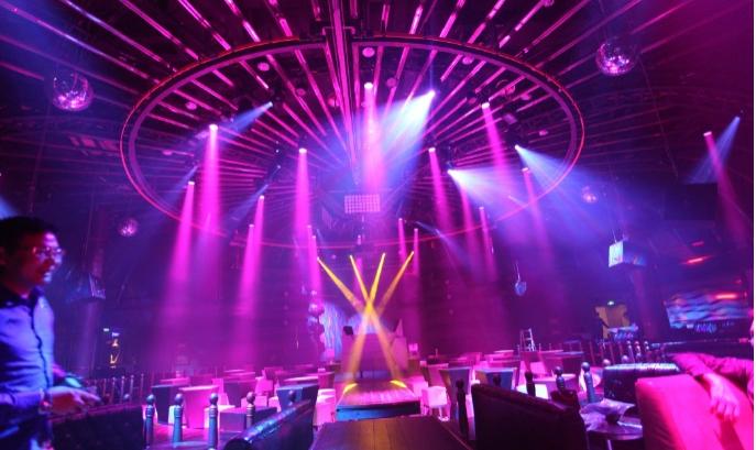 舞台灯光技术和发展状况效果图