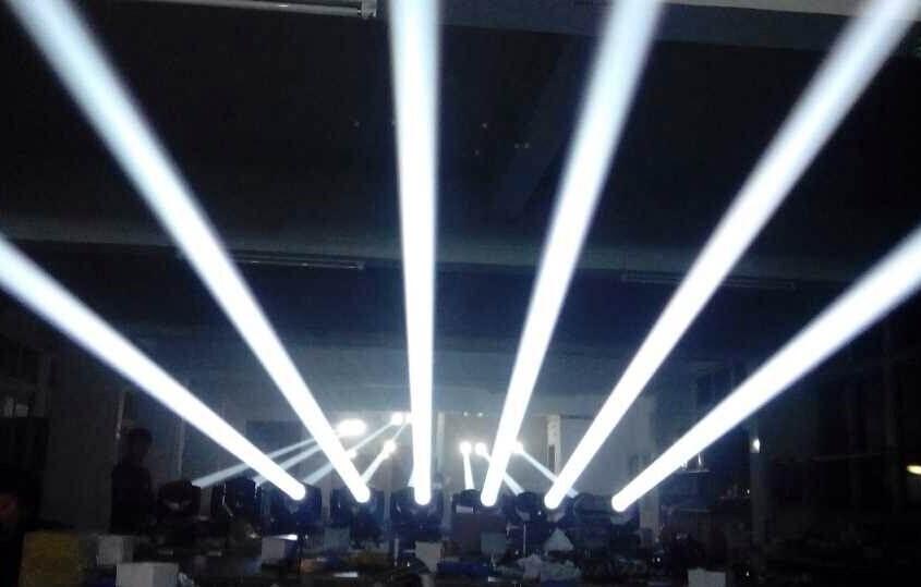 光束灯在表演区怎么布置效果图