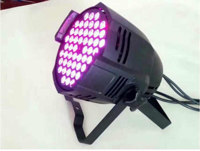 如何正确使用LED帕灯
