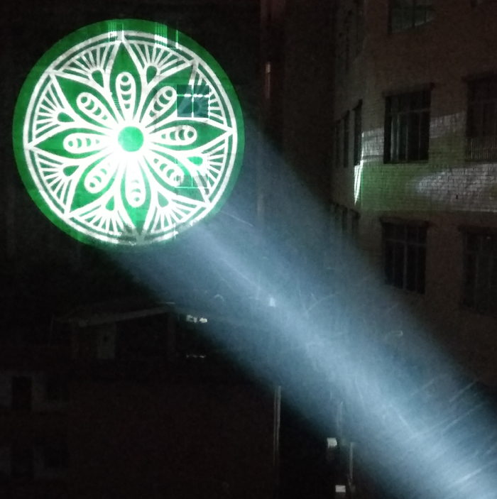 舞台灯光在戏剧演出中的作用效果图