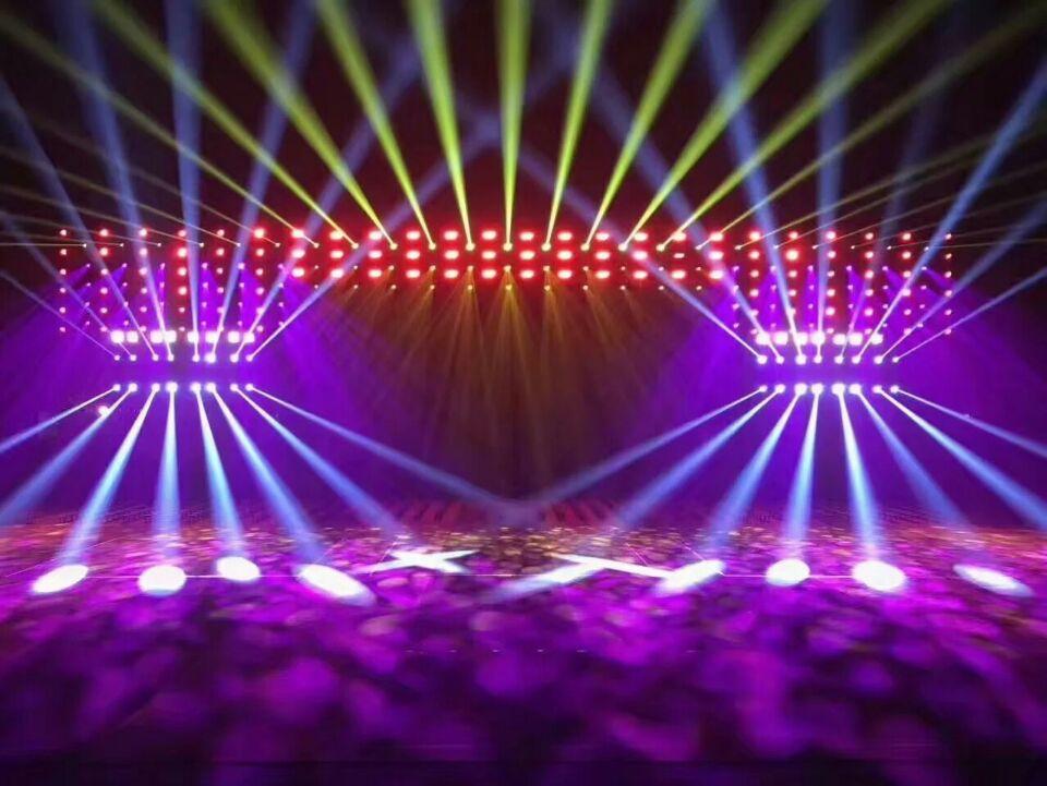 如何操作舞台灯光设备效果图