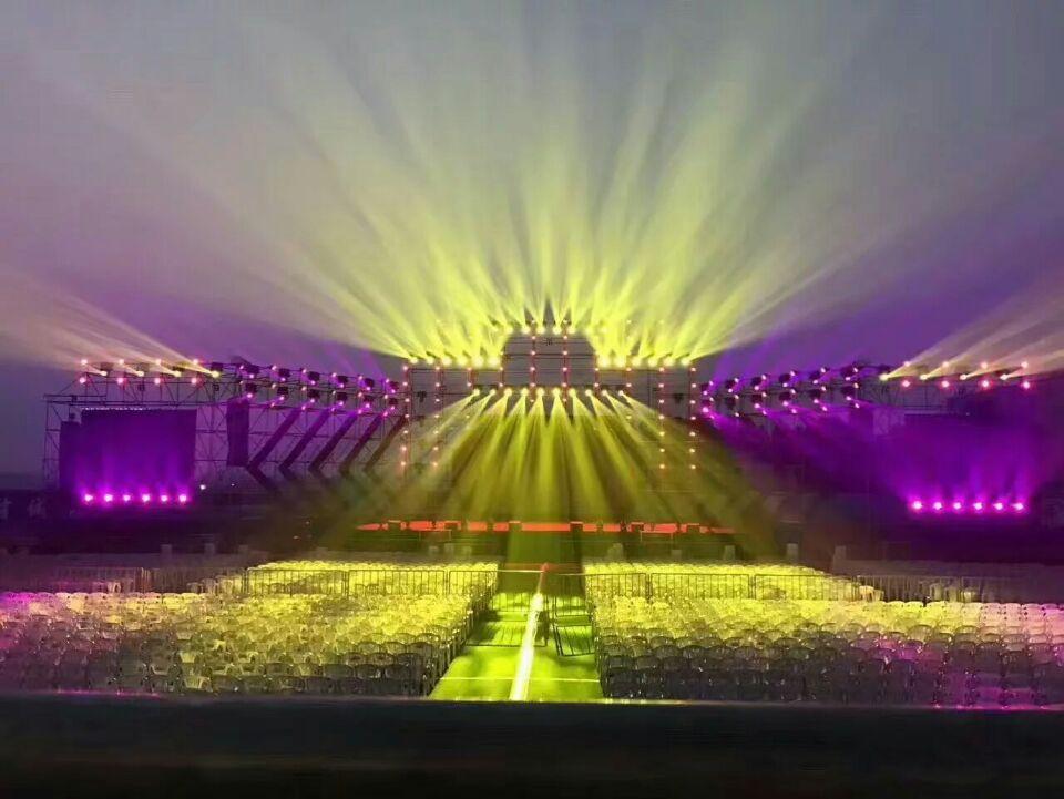 舞台灯光设计的特点效果图
