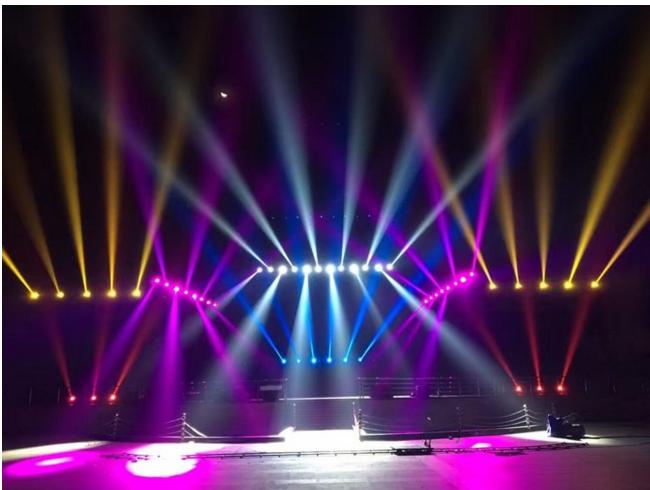 舞台灯光如何排位效果图